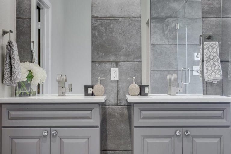 double vanity bathroom remodeling by NOMI Bathroom remodeling Dallas